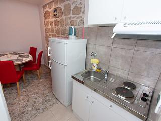 dvou až čtyřlůžkový přízemní apartmán
