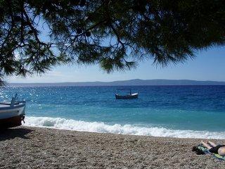 Tučepi - mají dlouhou pláž a dostatek stínu