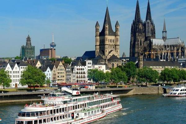 Romantické hrady, zámky a města Porýní a Mosely