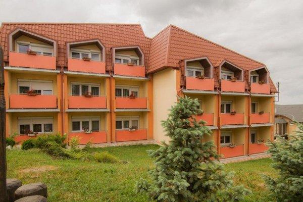 Podhájska, hotel Borinka